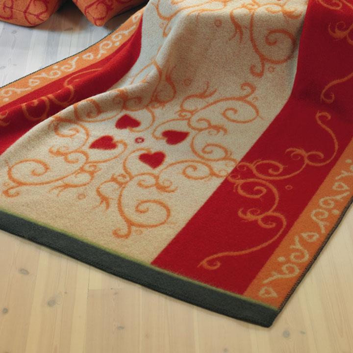 wolldecke fryd rot st berkiste design mode kunsthandwerk aus skandinavien. Black Bedroom Furniture Sets. Home Design Ideas