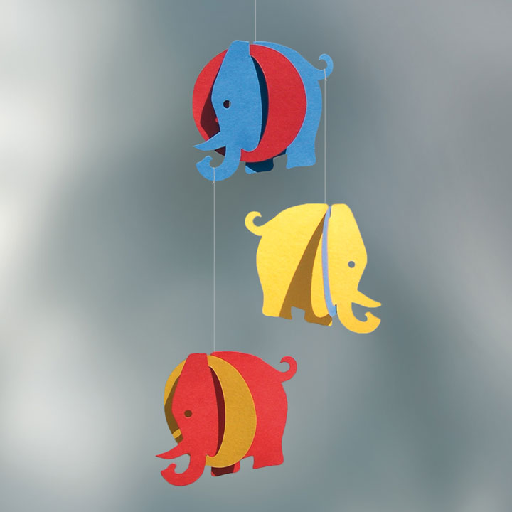mobile elefanten st berkiste design mode kunsthandwerk aus skandinavien. Black Bedroom Furniture Sets. Home Design Ideas